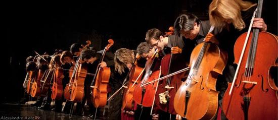 """Concerto per violoncelli """"Dodecacellos"""" al Teatro Martinetti di Garlasco"""