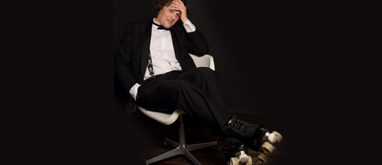 """Enrico Zambianchi """"A ruota libera"""" al Teatro CorTe di Coriano"""