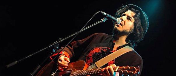 Alessio Accardi cantautore live a La megaditta a Basiano