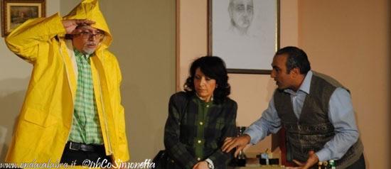 """Basta: abbasta e suverchja"" al Teatro Politeama di Lamezia Terme"