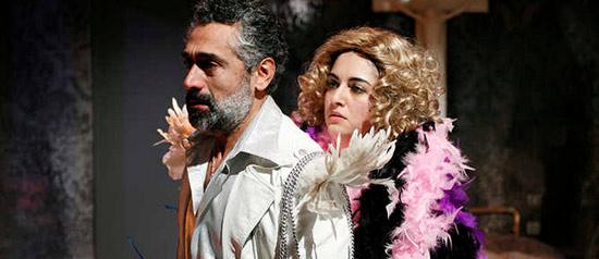 """""""Crollasse il mondo"""" al Teatro Ambra Garbatella"""