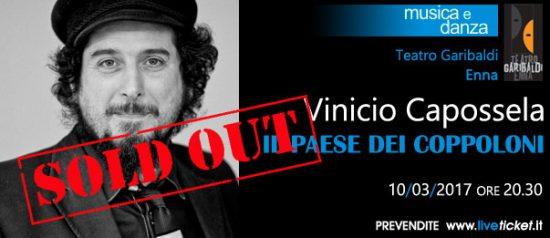 """Vinicio Capossela """"Il paese dei coppoloni"""" al Teatro Garibaldi di Enna"""
