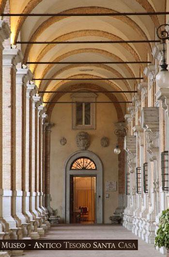 Palazzo Apostolico, Loreto