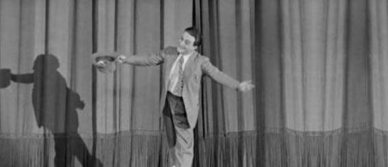 """""""A stracci a pezzi, a morsi a cenci, a ciocche!"""" al Teatro Umberto di Lamezia Terme"""