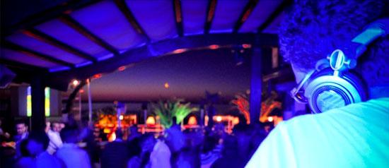 Disco Quasenada Beach Club, Loc. Portonuovo, Vieste