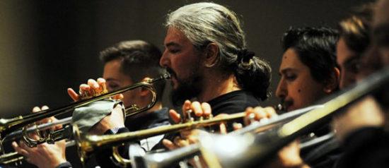 Saint Louis Big Band dal vivo con il sax di Iñaki Askunze all'Elegance Cafè a Roma