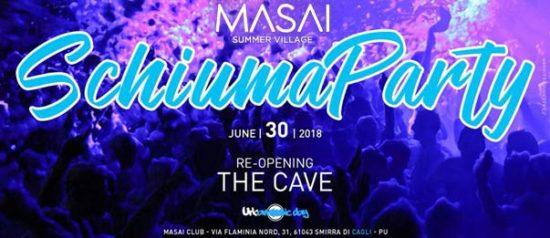 Schiuma party al The Cave - Masai Summer Village a Cagli